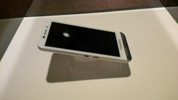 First Glimpse of the elusive white Z30