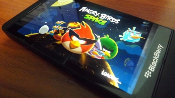 Angry Birds Space for BlackBerry 10 updated with 35 new levels