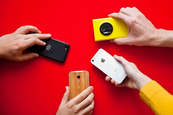 BlackBerry Z30 beats out iPhone, Moto X and Lumia 1020 as best phone to blog with at CES!